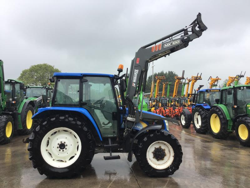 New Holland TL100A Tractor (ST4473)