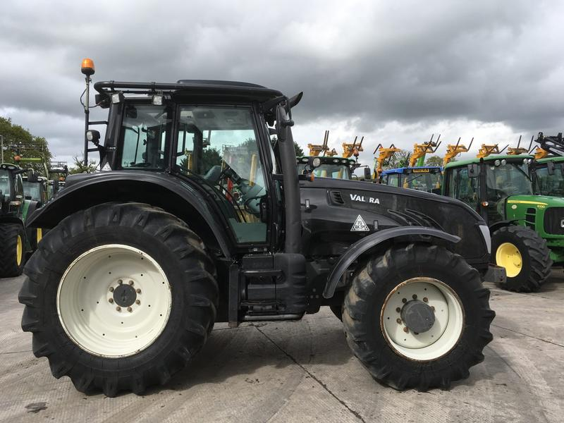 Valtra T153 Twin Track Reverse Drive Tractor (ST4583)